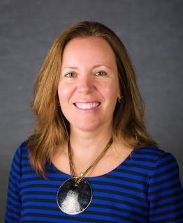 Dr. Isabel Escobar